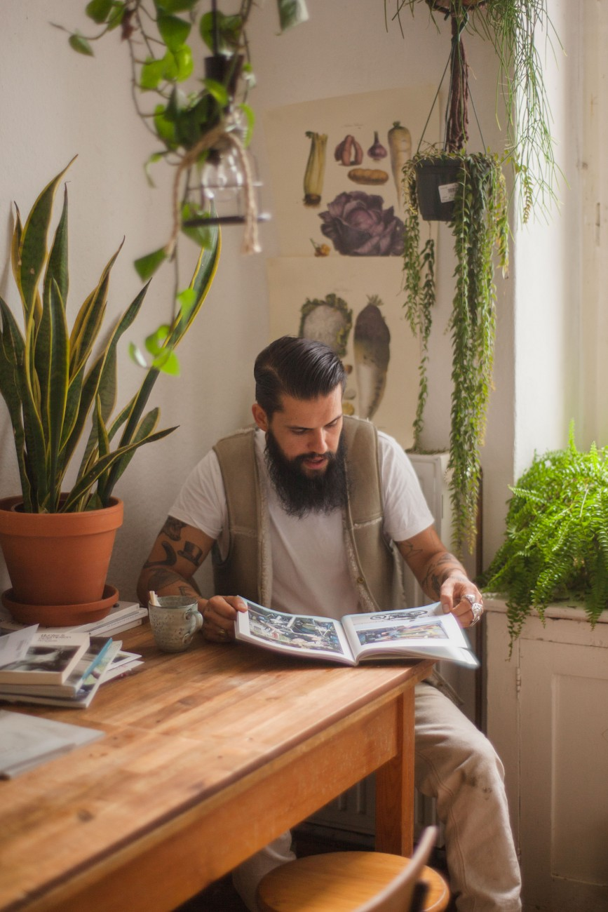 Guys-on-clothes-flore-schmidt-oe-magazine-3