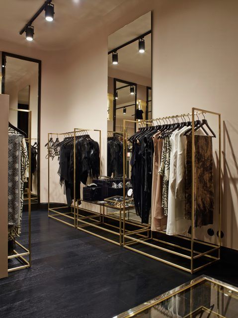 ÉCOLE_Boutique_Berlin_web_1