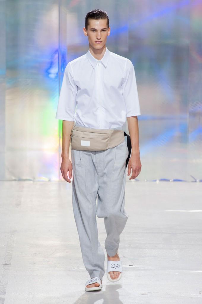 22-4-hommes-femmes-mens-fashion-runway-show-the-impression-spring-2015-029-681x1024