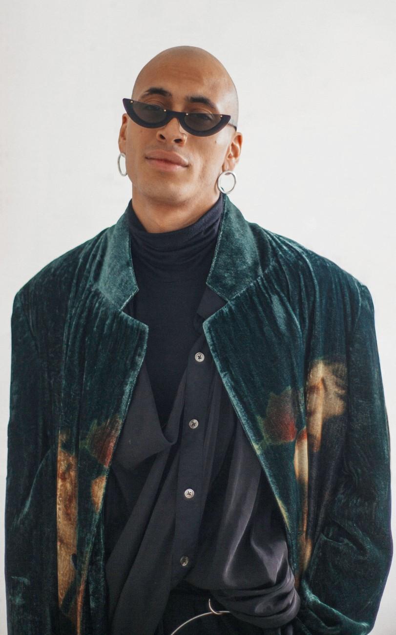 guys-on-clothes-patrcik-mason-oe-magazine-III